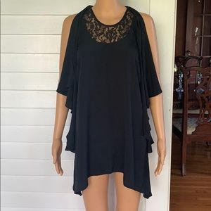 Dex long flowy blouse with lace accents